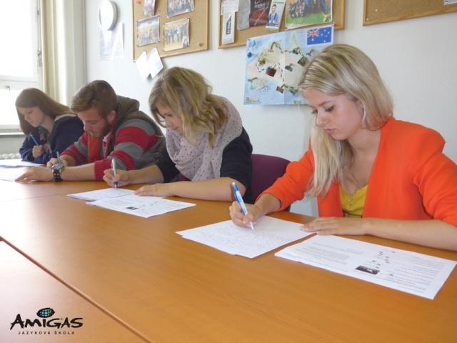 pomaturitní studium v jazykové škole Amigas