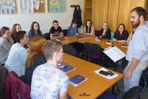 Výuka angličtiny v pomaturitním kurzu - Callanova metoda