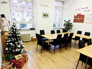 Vánoční výzdoba tříd jazykové školy Amigas.