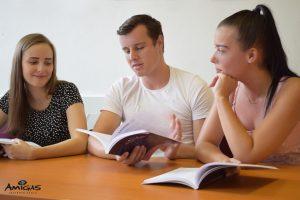Testy jazykových znalostí